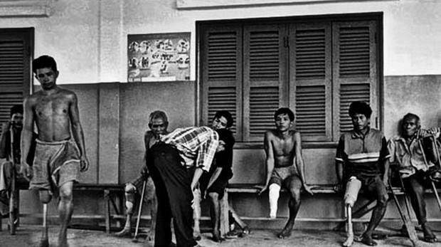 Miles de ciudadanos fueron mutilados por los Jemeres Rojos en Camboya durante los cuatro años que se mantuvo en el poder (1975-1979)