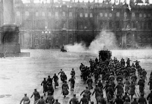 Asalto al Palacio de Invierno en 1917