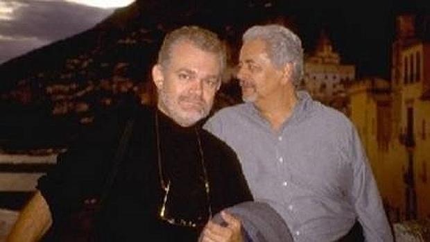Nino Esposito y Roland Bosee quieren contraer matrimonio