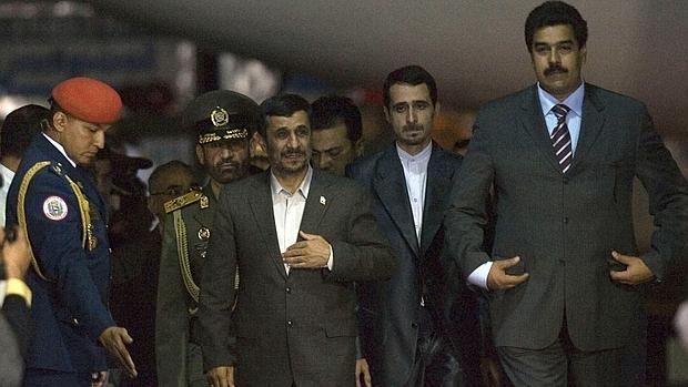 Ahmadineyad y Maduro durante la visita del presidente iraní a Caracas en 2009