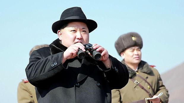 Kim Jong-un, en el lanzamiento de uno de los misiles de largo alcance