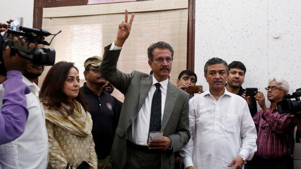 Waseem Akhtar, el nuevo alcalde de Karachi, en Pakistán