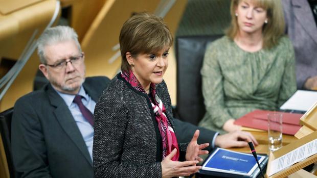 Nicola Sturgeon, durante una sesión parlamentaria sobre el Brexit, este martes en Edimburgo