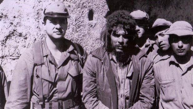 El agente de la CIA que atrapó al Che Guevara: «Fidel Castro lo ...