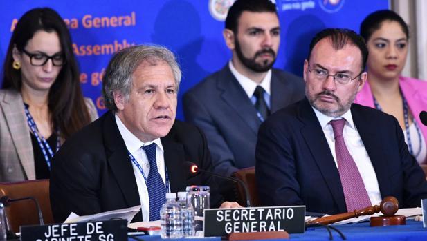 El secretario general de la OEA, Luis Almagro, interviene en la Asamblea General