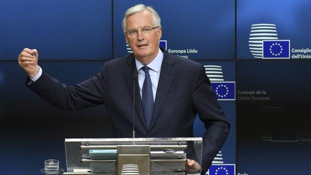 El negociador europeo para el Brexit, Michel Barnier, pide claridad a Londres durante su comparecencia pública
