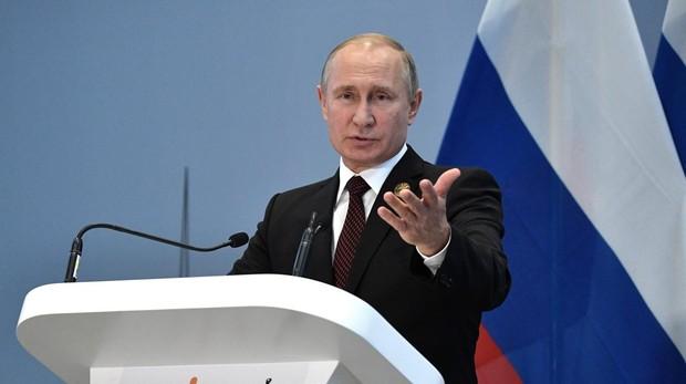 El presidente Putin, durante una rueda de presna en Johannesburgo