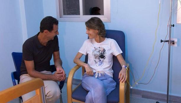 Bashar al Assad y Asma Assad en el hospital militar de Damasco