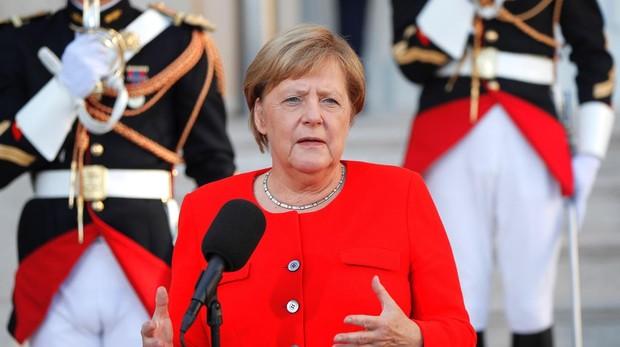 La canciller alemana Angela Merkel en la cumbre en Marsella