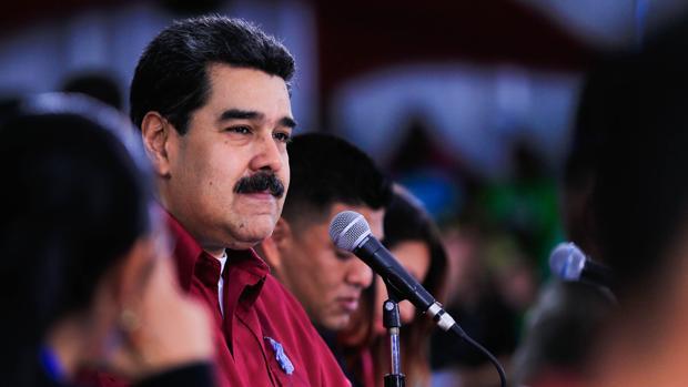 Nicolás Maduro participa en un acto juvenil del Partido Socialista de Venezuela