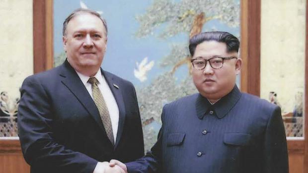 Pompeo y Kim Kong Un, durante su último encuentro, en abril