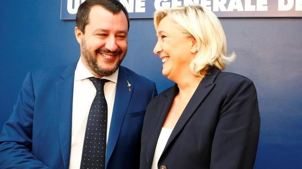 Salvini y Le Pen durante su encuentro en Roma