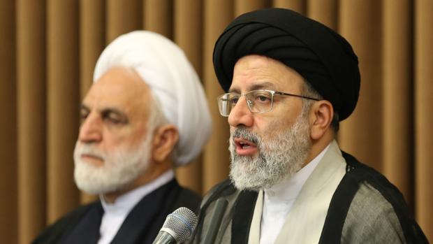 El jefe del poder judicial iraní, Ebrahim Rais, en un encuentro con embajadores extranjeros hoy en Teherán