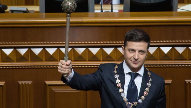 El presidente ucraniano, Volodímir Zelenski, disuelve la Rada Suprema el pasado mayo