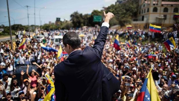 Guaidó reactiva hoy las calles, convocando marchas con parlamentarios