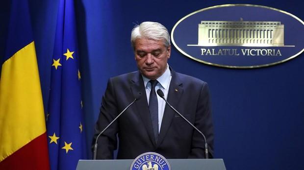 Dimite el ministro del Interior rumano por el secuestro y asesinato de una menor