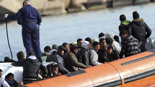 La Iglesia italiana y cinco países europeos se harán cargo de 116 inmigrantes rescatados en el Mediterráneo