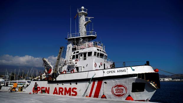 Salvini niega la entrada al buque Open Arms con 123 inmigrantes