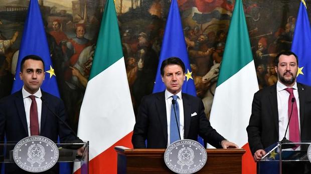 Los mercados penalizan la crisis en Italia tras presentar Salvini una moción de censura