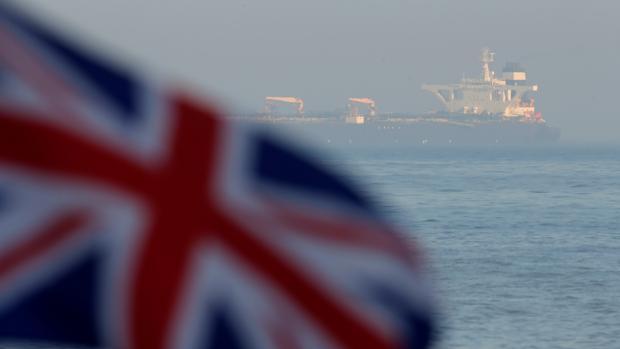 Gibraltar libera el petrolero iraní pese a las presiones de Estados Unidos