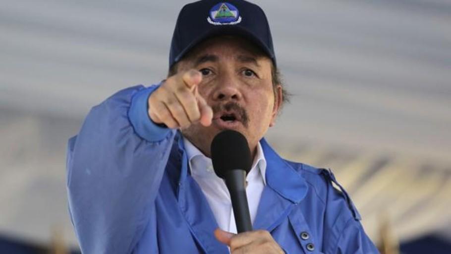 El régimen de Ortega decomisa 200 crucifijos a opositores en Nicaragua