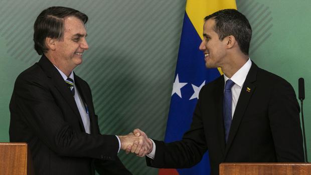 Jair Bolsonaro y Juan Guaidó el pasado febrero
