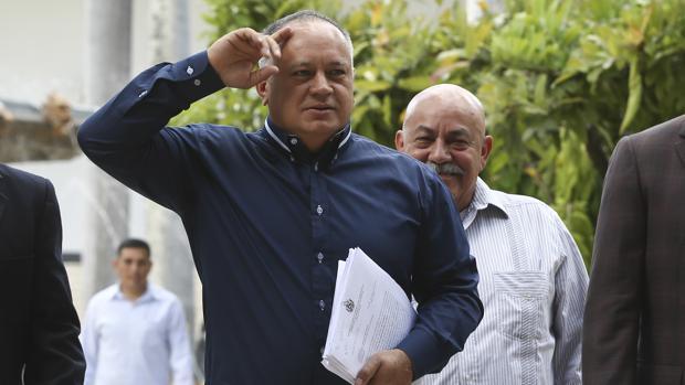 Cabello arroja sombras a su presunta reunión secreta con emisario estadounidense