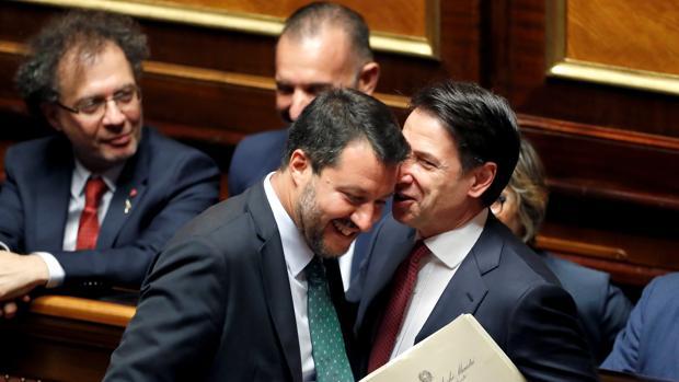 Preguntas y respuestas para la enésima crisis política de Italia