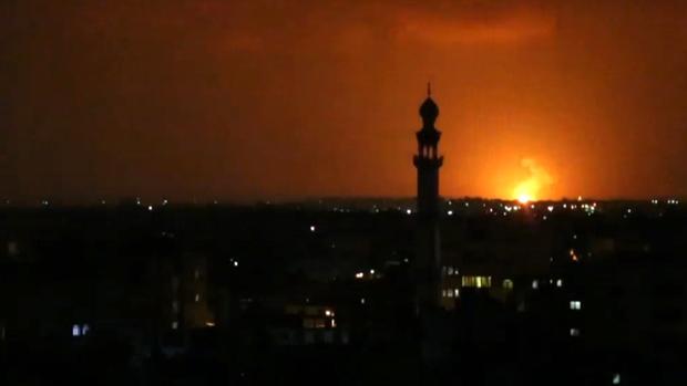 Bombardeo sobre Gaza la noche de este martes