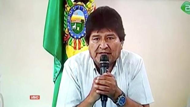 Morales se esconde en Chapare, su principal bastión político, y denuncia una orden de arresto en su contra