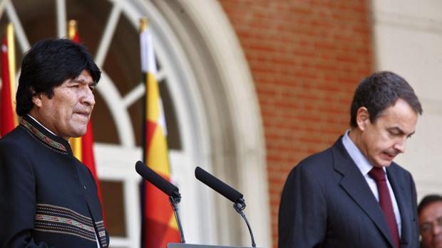 Morales sugiere a Mujica y Zapatero como mediadores en la crisis