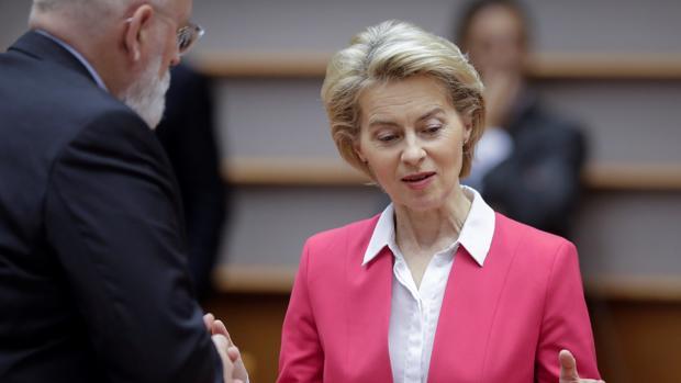 La Comisión Europea expedienta a Reino Unido por no presentar un candidato a comisario