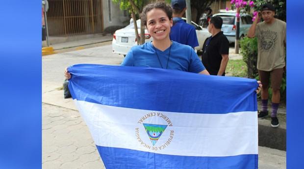 La líder estudiantil Amaya Coppens fue «golpeada» durante su detención y está en «aislamiento»