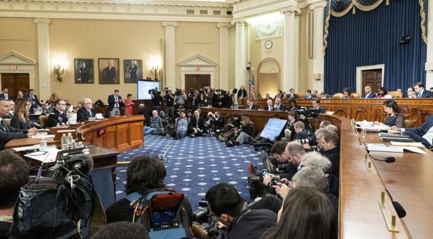 Un testigo afirma que una reunión de Madrid fue clave para las presiones de Trump a Ucrania