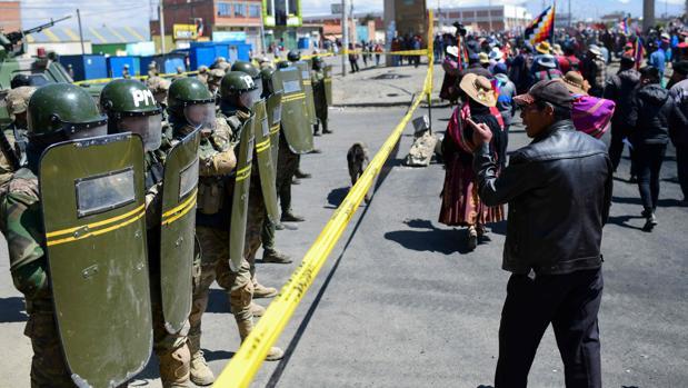 EE.UU. condena el «uso indebido de la fuerza» en Bolivia y pide que tenga «consecuencias legales»