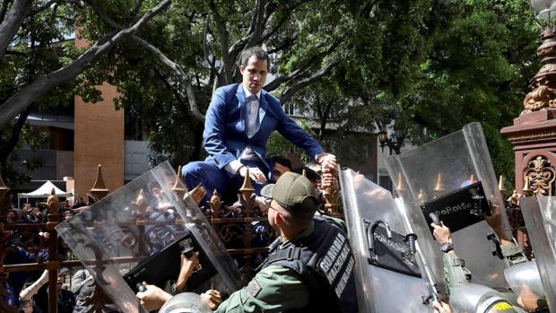 La OEA refrenda la reelección de Guaidó y condena a Maduro
