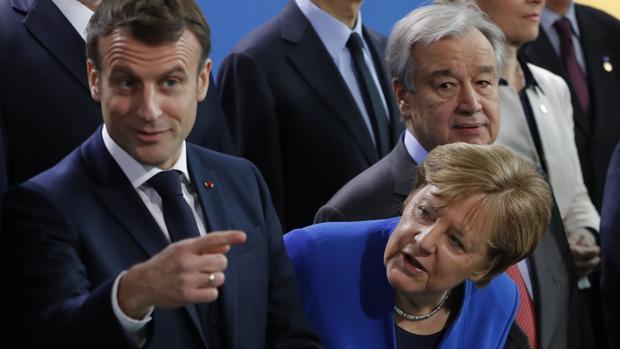 Los líderes mundiales acuerdan dar una solución política y no militar al conflicto de Libia