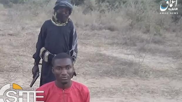 Un niño reclutado por Daesh asesina en Nigeria a un preso cristiano