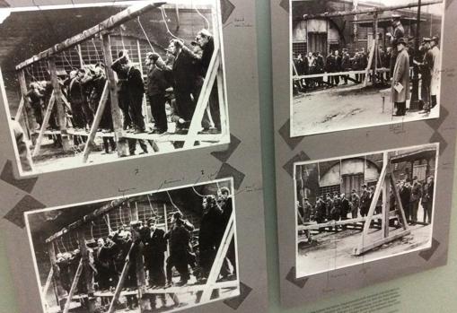 Fotografías expuestas en el sotano de la Casa EL-DE, que reflejan las ejecuciones que tuvieron lugar en su patio interior
