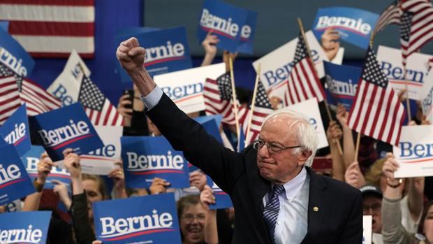 Sanders coge impulso en New Hampshire ante la fractura del centro demócrata