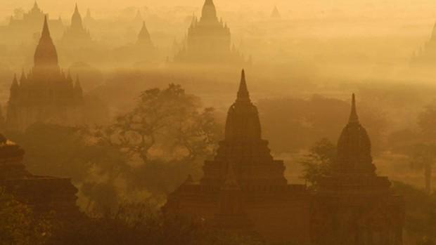 Polémica en Birmania después de que dos italianos grabaran un vídeo sexual en un lugar sagrado