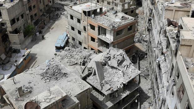 Encuentran una fosa común con 70 cadáveres a las afueras de Damasco