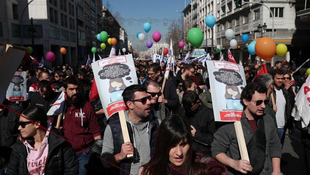 Atenas, sin transporte público por una huelga general de 24 horas