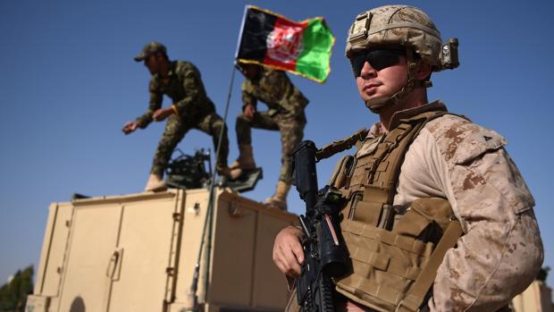 EE.UU. comienza la retirada de militares en un Afganistán sumido en el caos político