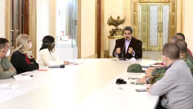 Maduro ordena una «cuarentena total» en Venezuela para frenar el coronavirus