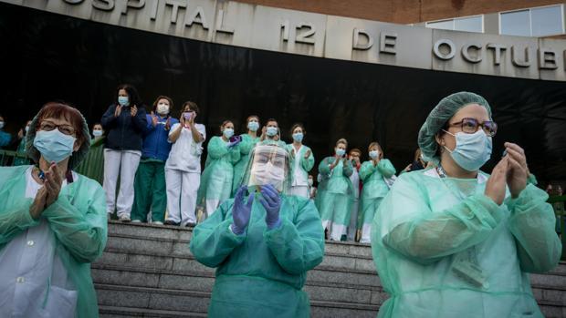 Alemania está «conmovida» por la entrega de los sanitarios españoles
