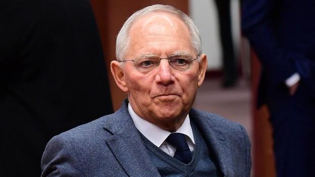 Schäuble: «No es una verdad absoluta que todo tenga que ceder por el derecho a la vida»