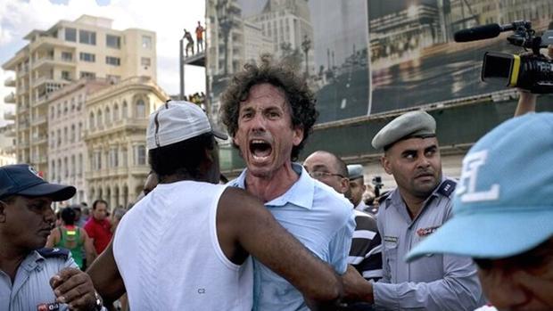 La «Ley Azote», otro instrumento del régimen cubano para reprimir la información durante la pandemia