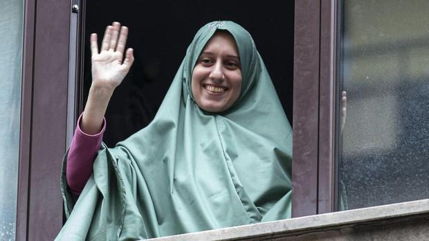 Un diputado de la Liga califica de «neoterrorista» a la cooperante italiana convertida al islam en su secuestro