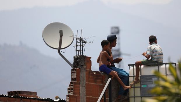 DirecTV cesa sus operaciones en Venezuela presionada por las sanciones internacionales